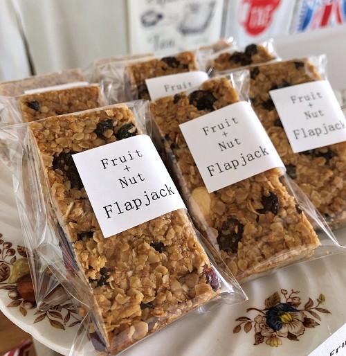Flapjack fruit + nut
